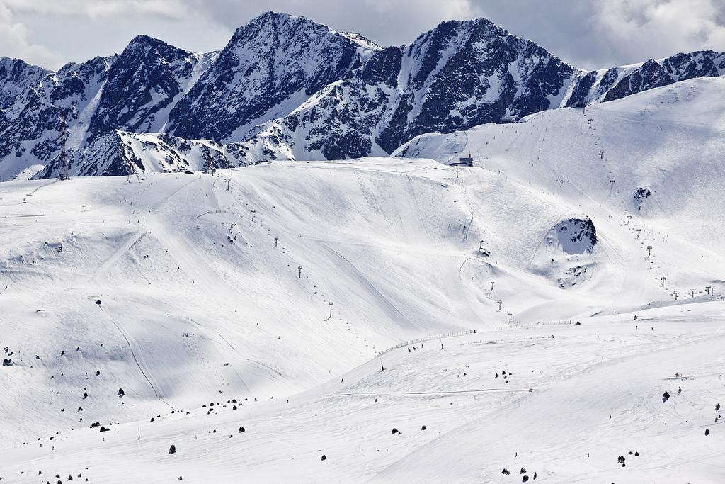 Crear su Sociedad Limitada o Anónima en Andorra