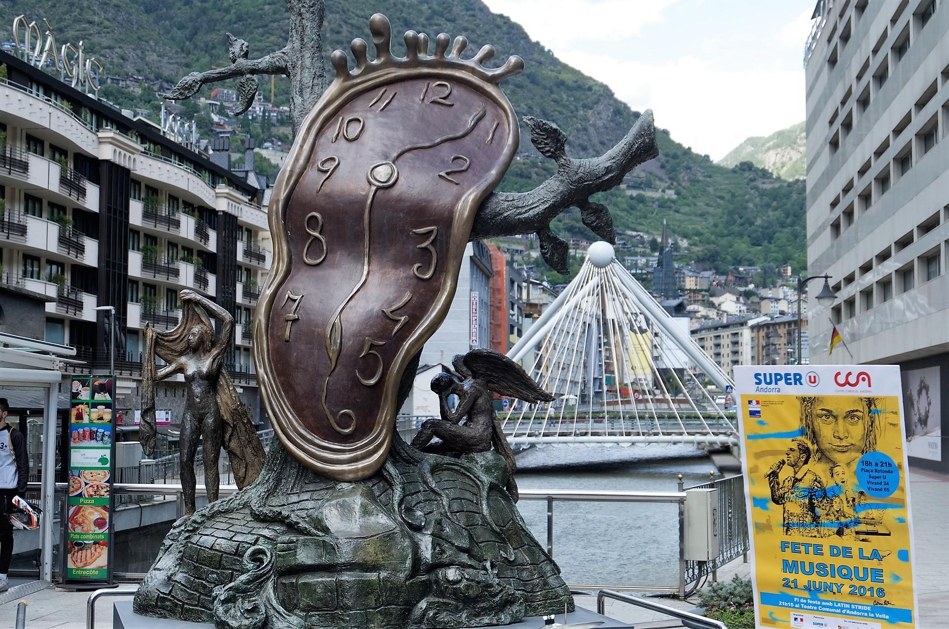 Búsqueda y selección de inmuebles en Andorra para comprar o arrendar Nuestro equipo de agentes inmobiliarios que colaboran conmigo cuenta con una dilatada experiencia en la gestión de arrendamientos y la administración de fincas